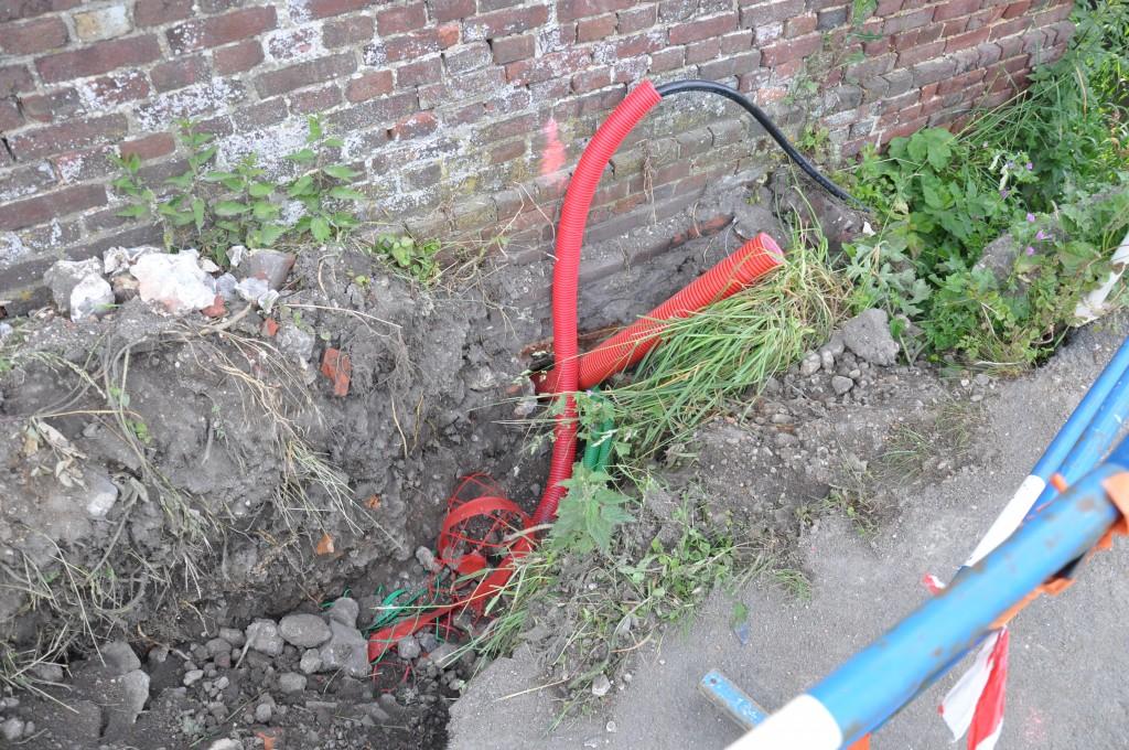 Intervention erdf ineo passage des fourreaux edf for Cable france telecom exterieur